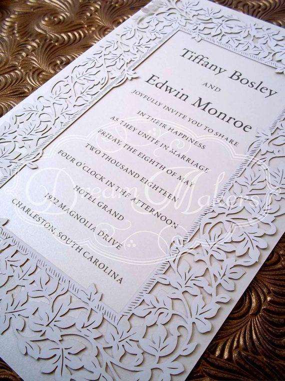 Invitación con corte láser en sus bordes e impresa con letterpress diseñada por Dream Makers. Señorial y delicada.