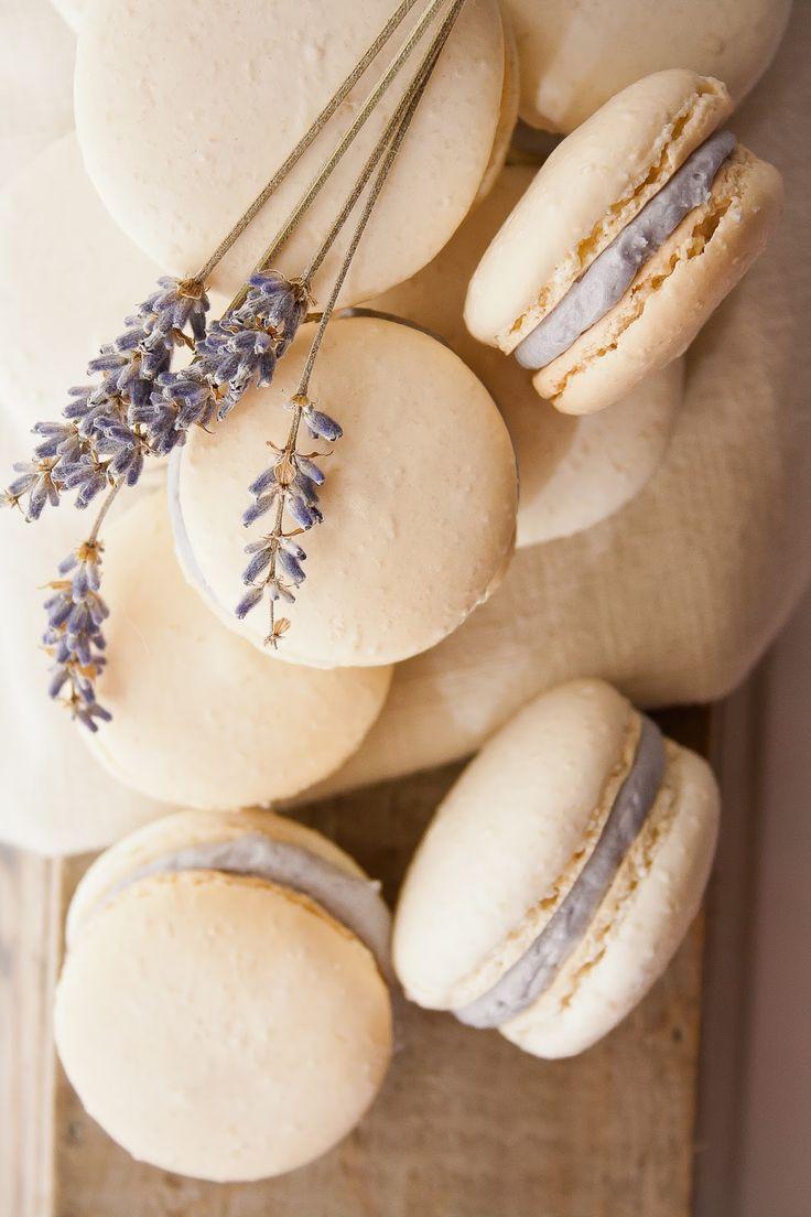 Macarons de miel y lavanda, una delicia especial para tu boda.
