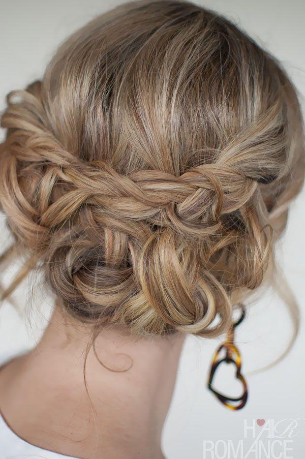 Románticos peinados de novia recogidos paso a paso.