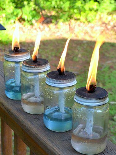 Una idea original para usar mason jars en tu boda.