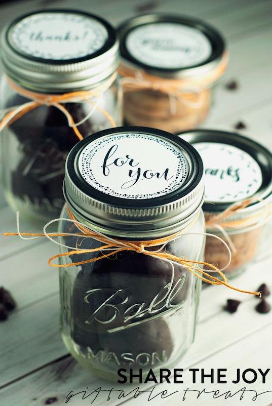 Recuerdos de boda. Ideas para usar Mason Jars en tu boda.