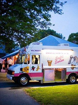 Como incorporar food trucks para el catering de tu boda.