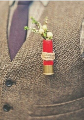 Idea de boutoniere para una country wedding.