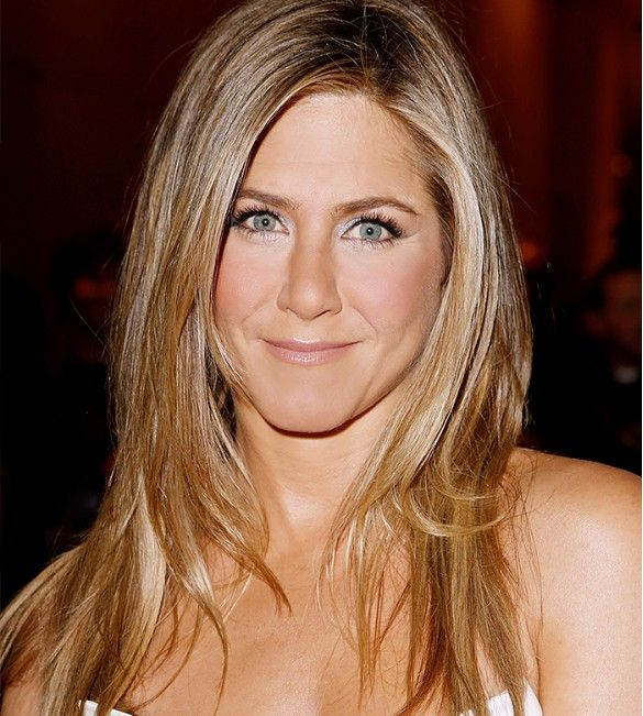 Trucos para maquillar ojos juntos. Jennifer Aniston Fotografía Jeff Vespa via Getty Images