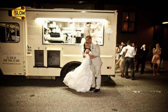 Una boda campestre con catering de tu Food Truck favorito.