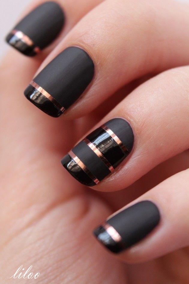 Ideas de arte para uñas. Una base en negro con toques en dorado