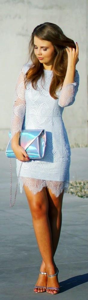 Para día o para noche los vestidos cortos son perfectos para las fiestas.