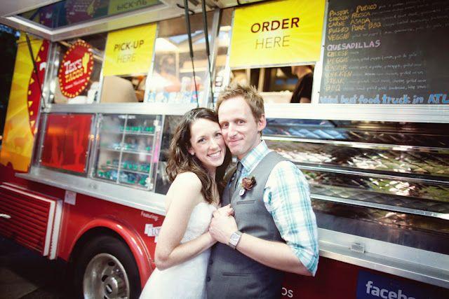 Para las parejas que prefieren la comida naturista, un food truck orgánico.