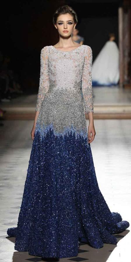El degrade esta de moda y este modelo de la colección de Tony Ward 2016 lo dice todo. Vestidos para fiestas 2016.