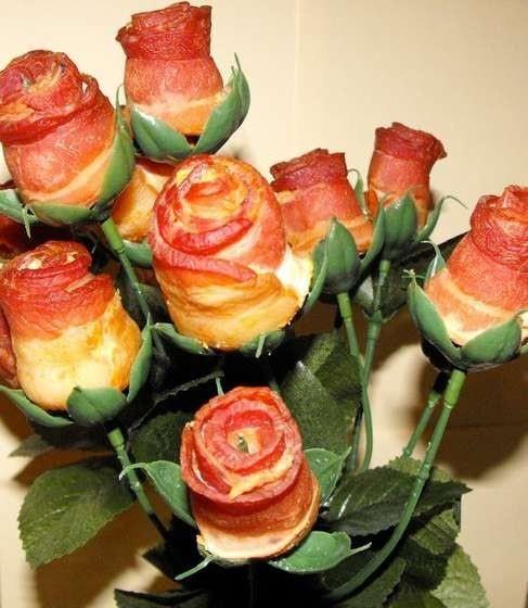 Bacon roses. Recíbelo antes de la cena con un ramo de rosas de tocino. El perfecto regalo de San Valentín para tu novio.