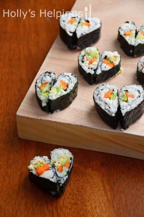 """I love you"" Sushi. Perfectos para tu cena romántica de San Valentín. Perfect for a Valentine Day dinner with your sweetie."