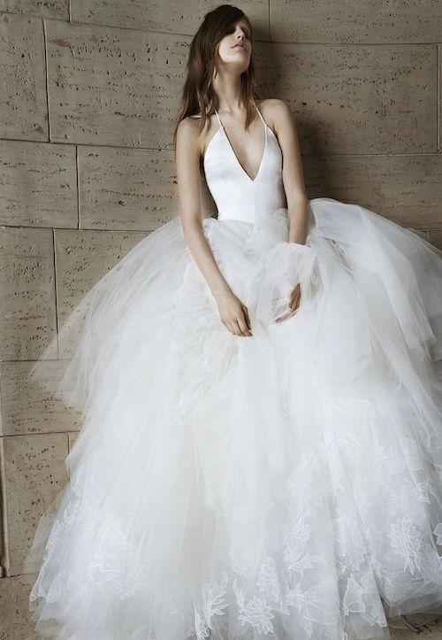 La eterna Vera nos trae vestidos para novias estilo ball gown. Ball gown silhouette. Bridal Gowns by Vera Wang.