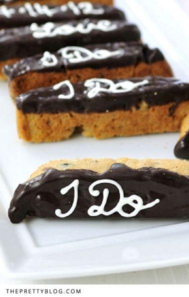 Personalized Biscottis: I do!! Biscottis personalizados. Una idea diferente para las mesas de dulces para bodas.