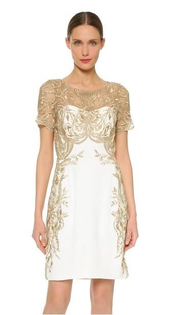 Este vestido de Marchesa Notte en delicado tonos de marfil con brillos dorados está en oferta con un 70% de descuento. Que buena oportunidad para tener un Marchesa, no? (chequea con el proveedor para asegurarte que todavía se encuentra en stock a este precio)