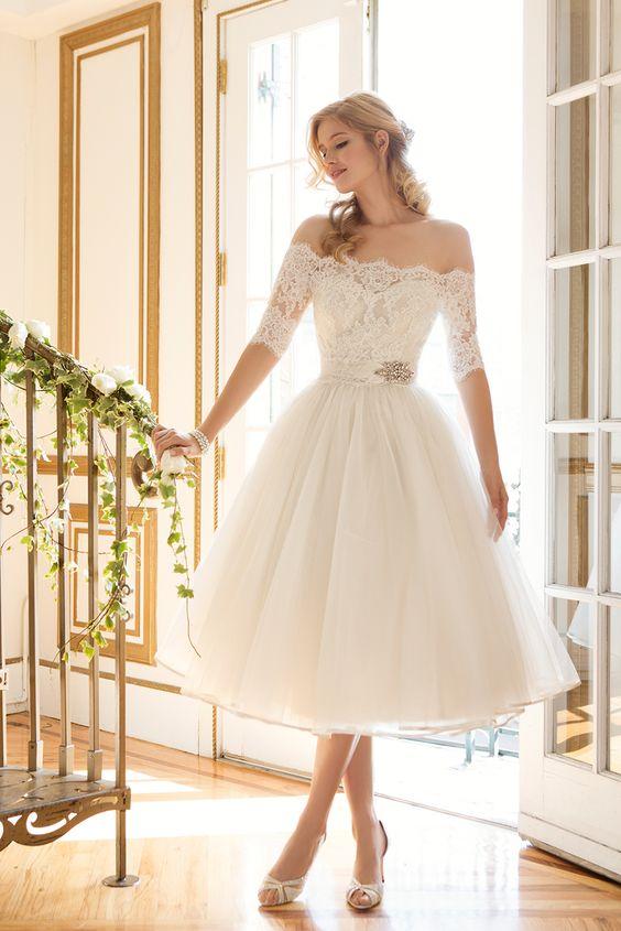 Vestidos de novia cortos para bodas vintage.