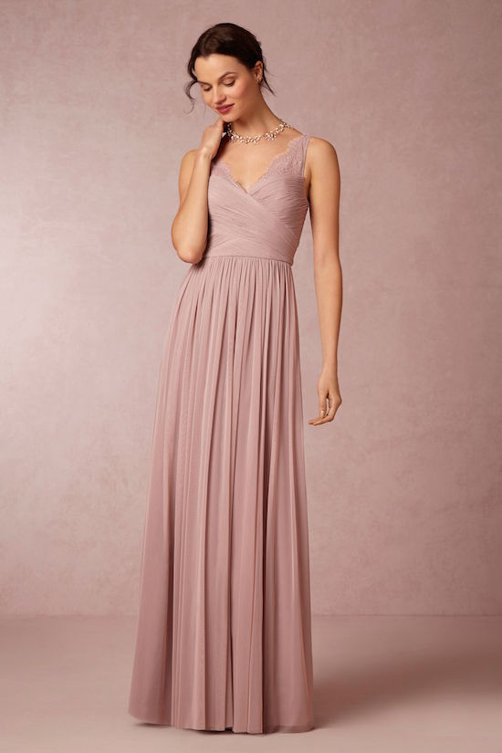 Tus damas de honor te amarán por elegir este vestido! Super ponible y lo podrán usar luego de tu boda.
