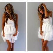 Vestidos de novia cortos para bodas en la playa o para una novia moderna.