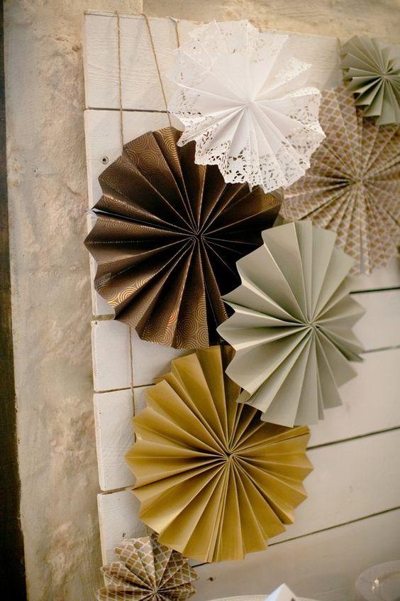 C mo hacer cortinas de papel para bodas con paso a paso - Como hacer cadenetas de papel para fiestas ...