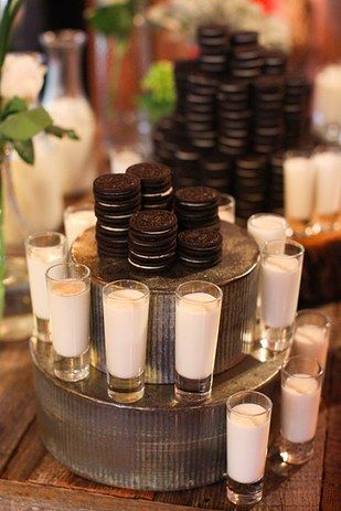 Ideas de menus de boda para el 2016-17: leche con galletas Oreo.