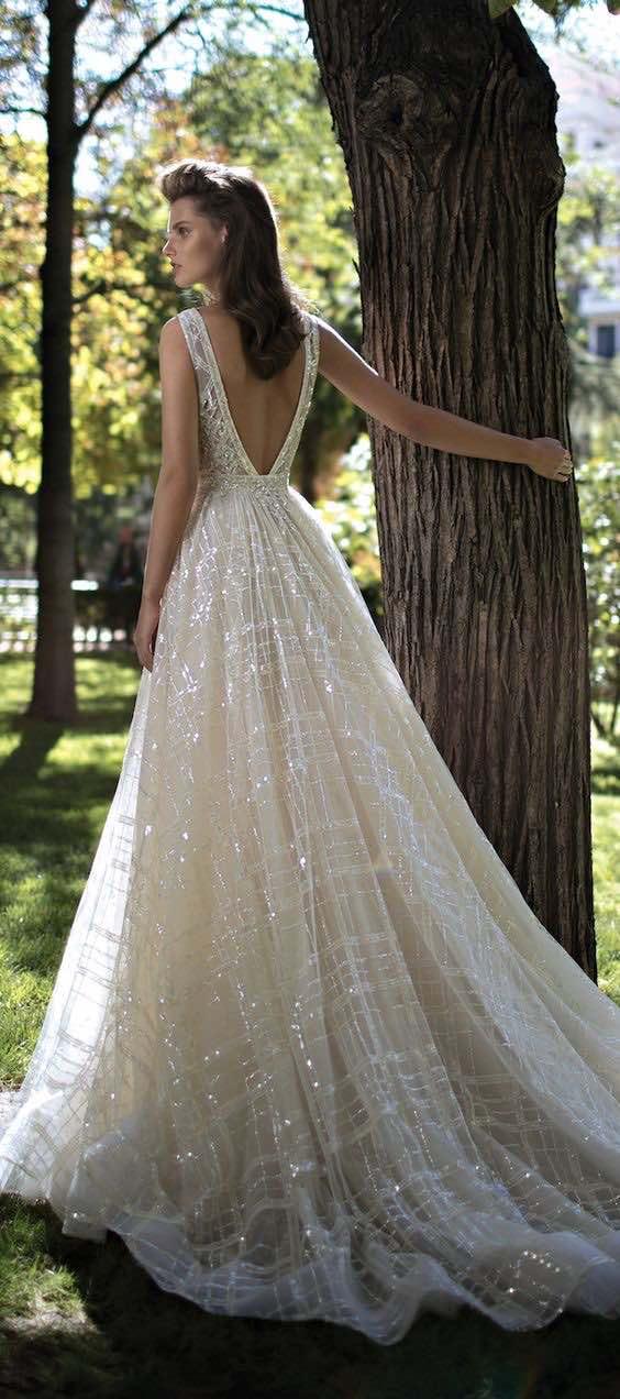 Vestido de novia blanco de la colección de Berta Bridal primavera 2016.