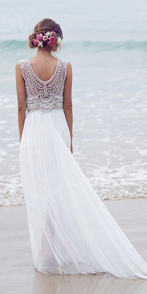 How to plan a beach themed wedding ceremony best tips for Beach themed wedding dress