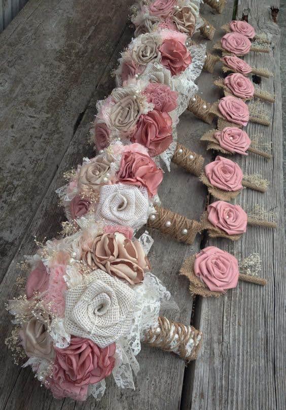 bridal bouquets y en pink blush y champagne con arpillera en color marfil estilo shabby