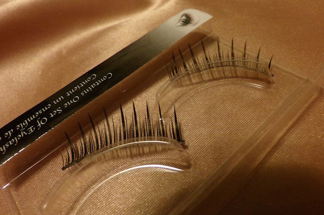 Great eyelashes hack: Look ma, no more falsies!!