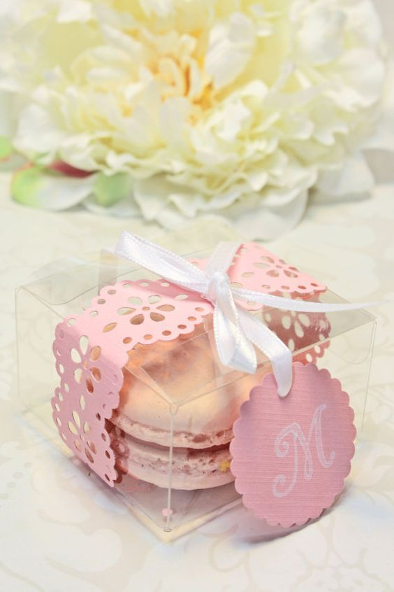 Wedding Favor Boxes For Macarons : Wedding Macarons: 30+ Ways To Dazzle Your Guests French Macarons