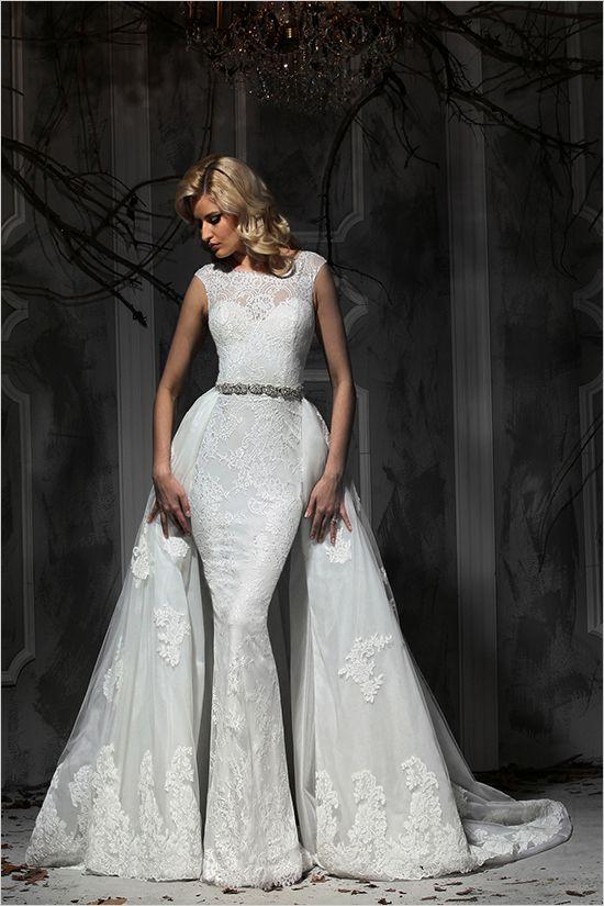 Un vestido convertible estilo trompeta con falda de tul y encaje estilo princesa. Dos en uno es poco. Impression Bridal Fall Collection