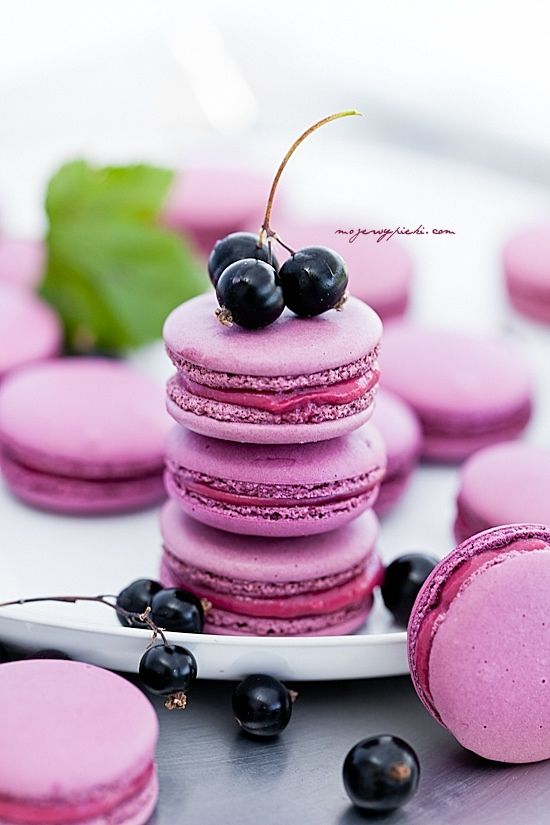 Wedding Macarons 30 Ways To Dazzle Your Guests