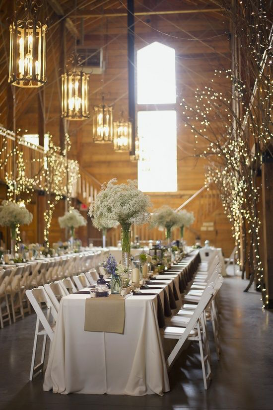 A barn, baby's breath and lots of love is all you need for a fantastic combination! Photography Melissa McCrotty Photography.
