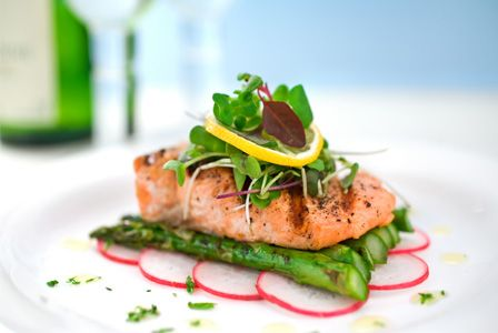 Brunch gourmet food: Salmon asparagus boat.