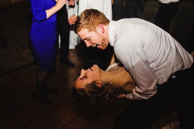 Los novios no pararon de reír y bailar en toda la noche.