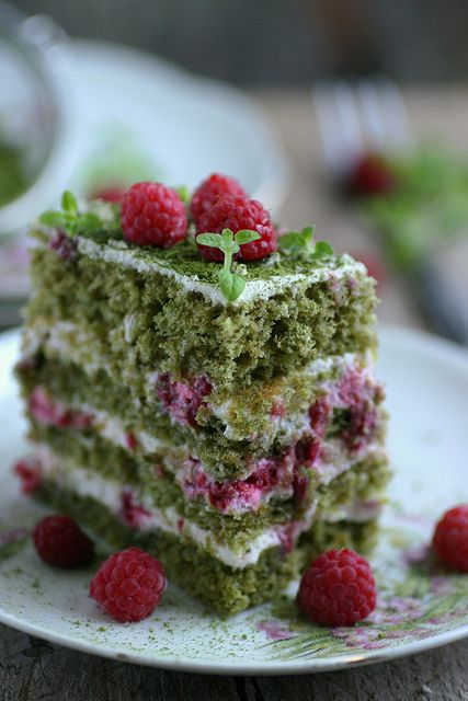 The latest rage after Kale: Matcha is all that health fans talk about nowadays. Why not add it to your brunch menu? Matcha and raspberry cake by sillev via Flickr.