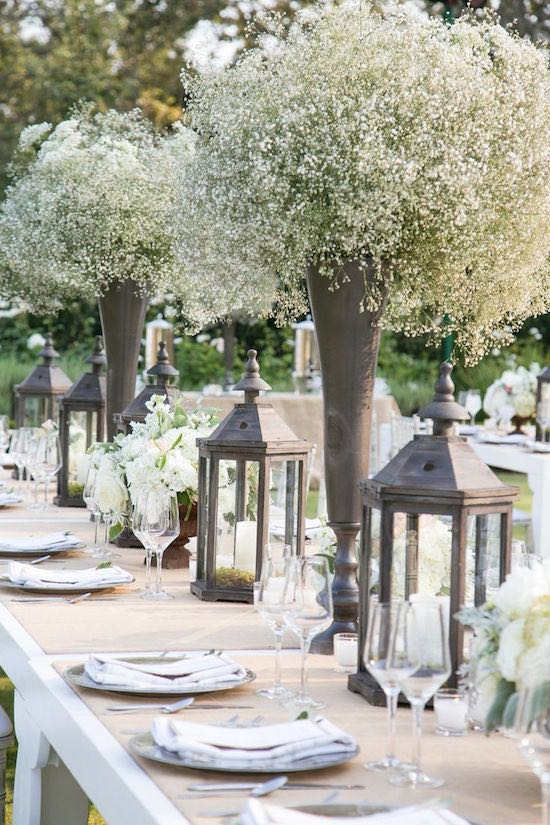 This long-lasting and affordable option, known of gypsophila, is as beautiful as is breathtaking. If you are looking for divine-looking centerpieces shaped like a cloud, here they are.