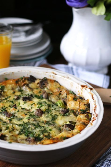 This asparagus mushroom swiss egg bake is perfect for brunch or breakfast!