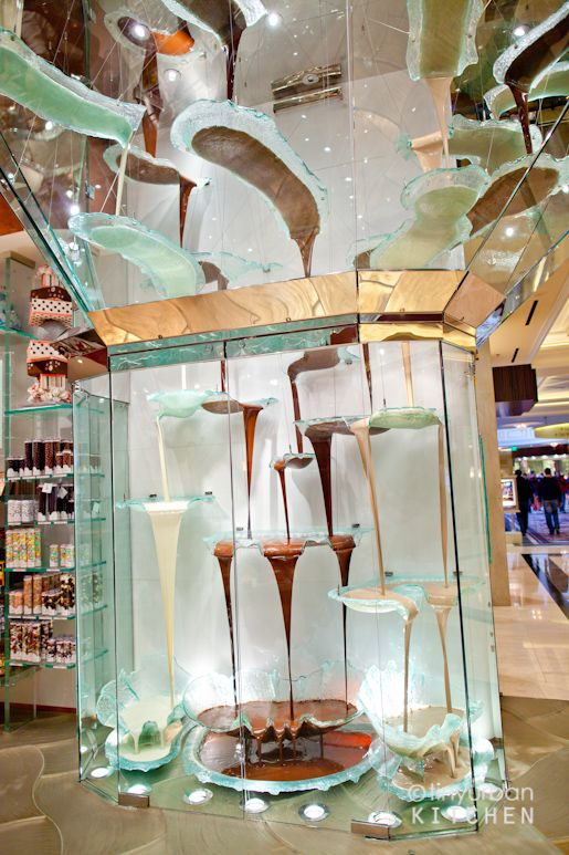 A 27-foot tall chocolate fountain. Is this sufficient inspiration for your wedding?