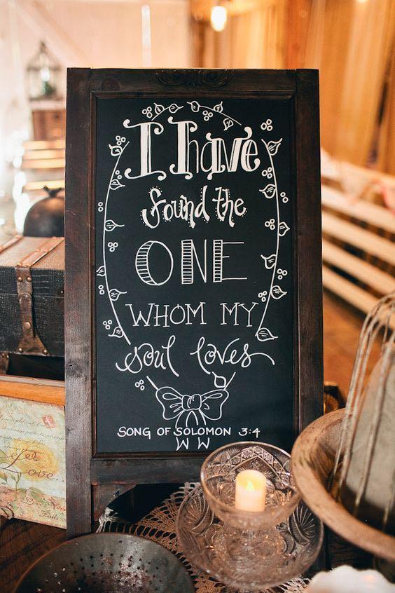 Del Libro de Salomón - pensamientos para invitaciones de boda. Fresh Air Farm , Kansas City, MO. Fotografía: Katie Day Photography