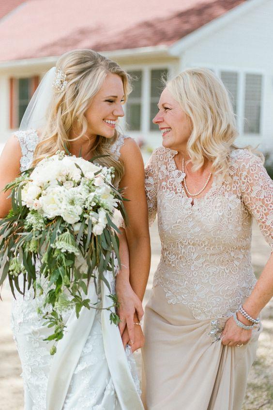 Guía de la madrina de bodas. Sus funciones y como ser la mejor madrina de todas! Fotografía- Jeff Loves Jessica