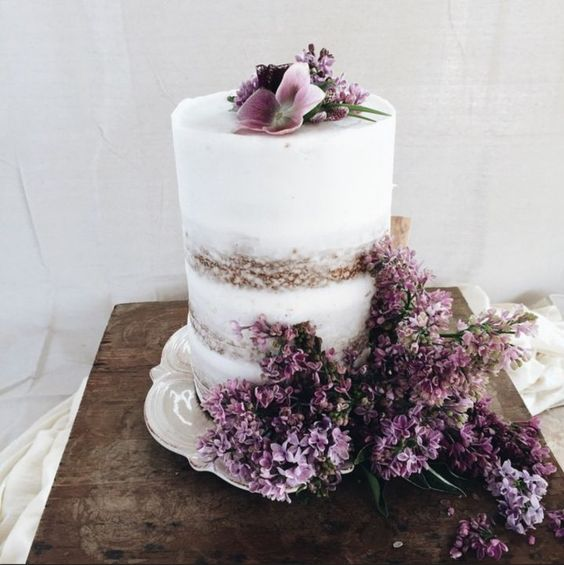 Elegant Wedding Cakes For Small Weddings