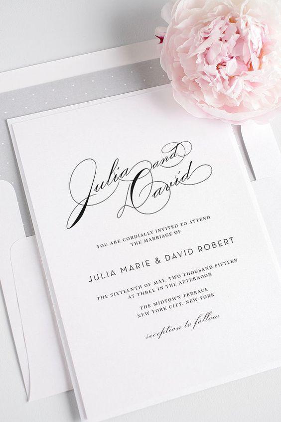 La simplicidad del gris y la elegancia de las fuentes en invitaciones para bodas. Invitaciones Vintage Glam.