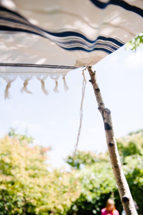 Una chuppah sencilla y tradicional para tu boda.