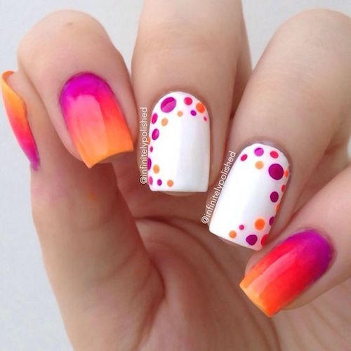La decoración de uñas con puntitos es fácil de hacer. ¡Armate de tu bobby pin! Polka dots nail art designs are easy to do. Get your bobby pin ready!