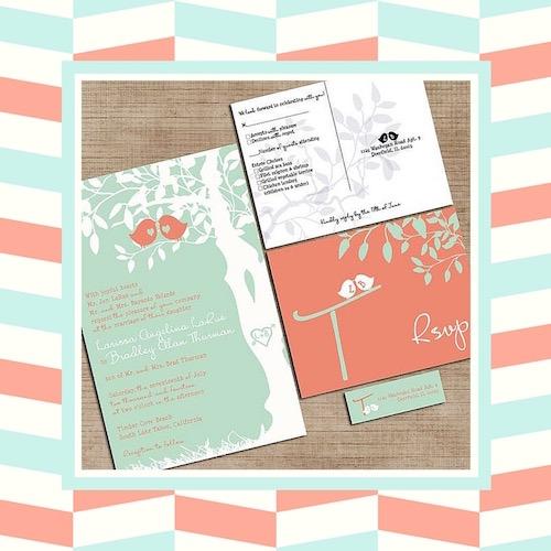 Un juego de invitaciones para bodas simpatiquísimo y original en menta y coral.