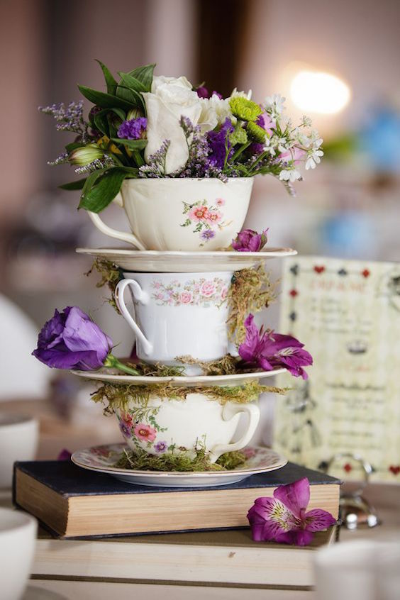 Disney-loving couples will melt over these magical wedding centerpieces.