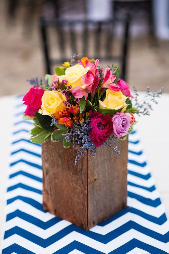 Beautiful and simple centerpiece from a Texas wedding.