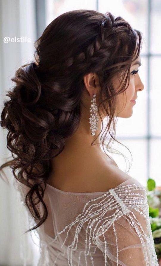 Ideas de peinados para novias de Elstile.