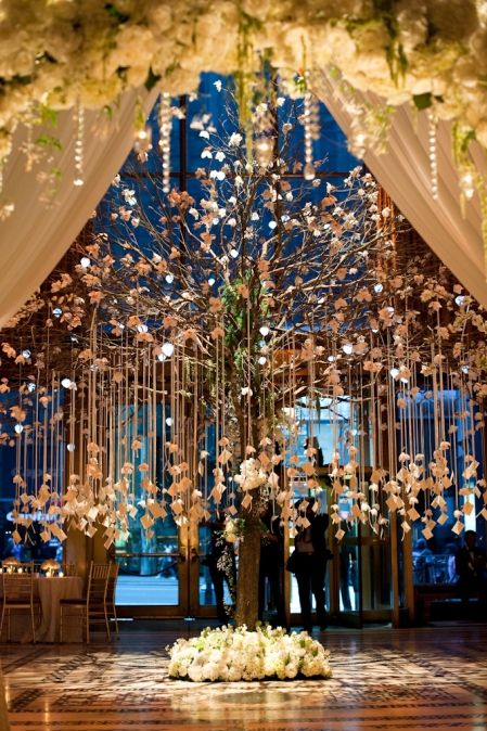 An incredible wedding bash in New York's Cipriani 42nd Street.