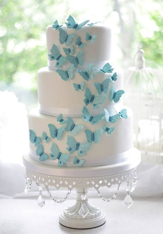 Romantic butterfly wedding cake ideas.