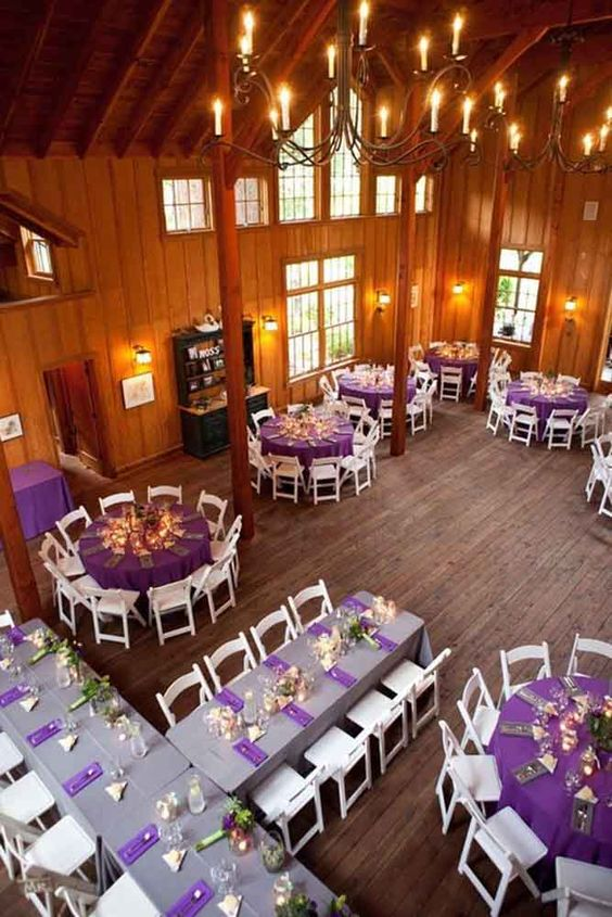 Amazing Wedding Reception Seating Layout The Head Table Can Easily Fit Whole Family